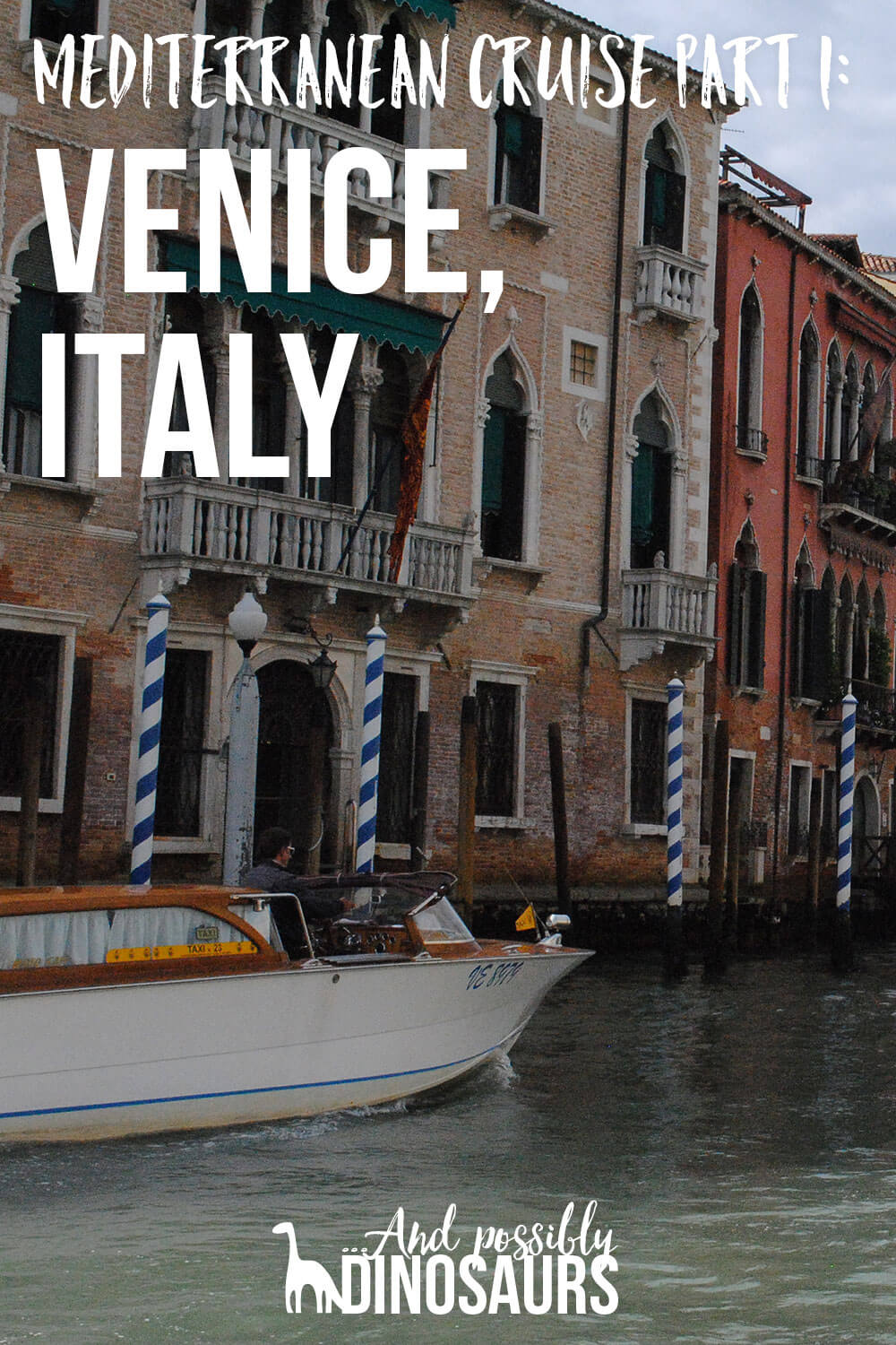 If you ever visit Venice, you'll want to check this quick guide out before you go! Click through to learn the one thing you absolutely must do if you go.