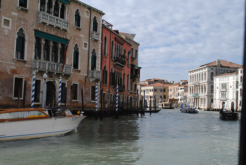 Venice, Italy: Going on your first cruise? Feeling a little nervous? Alleviate some of your apprehensions with this list of things I wish I knew before going on my first cruise! Click through to read the full post.