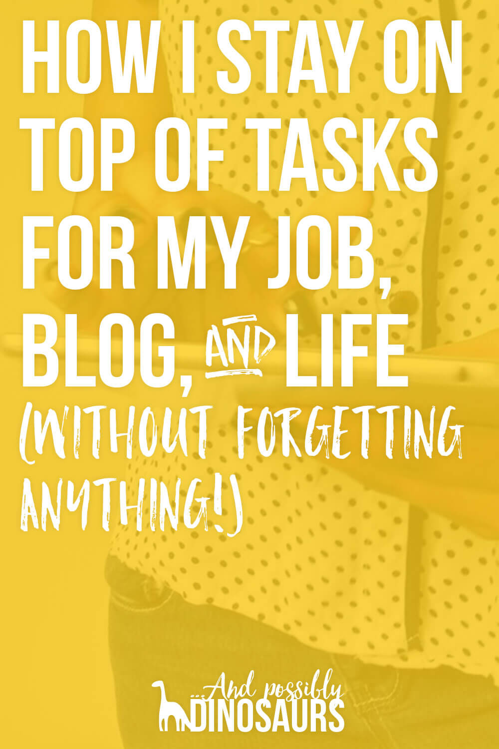 It can be really tough to juggle a blog, a job, and, you know... a life. But it's possible! Here's the organization system I use to stay on top of tasks for everything in my life--without letting anything slip through the cracks!